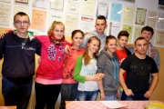 Owocowo - warzywna prezentacja kandydatów do Młodzieżowej Rady Internatu